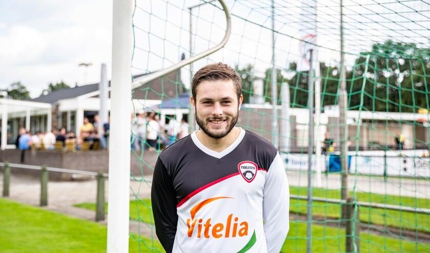 <p>Stef van Dijck is terug bij Ysselsteyn: &quot;Ik heb zin om weer in het dorp te voetballen.&quot;</p>