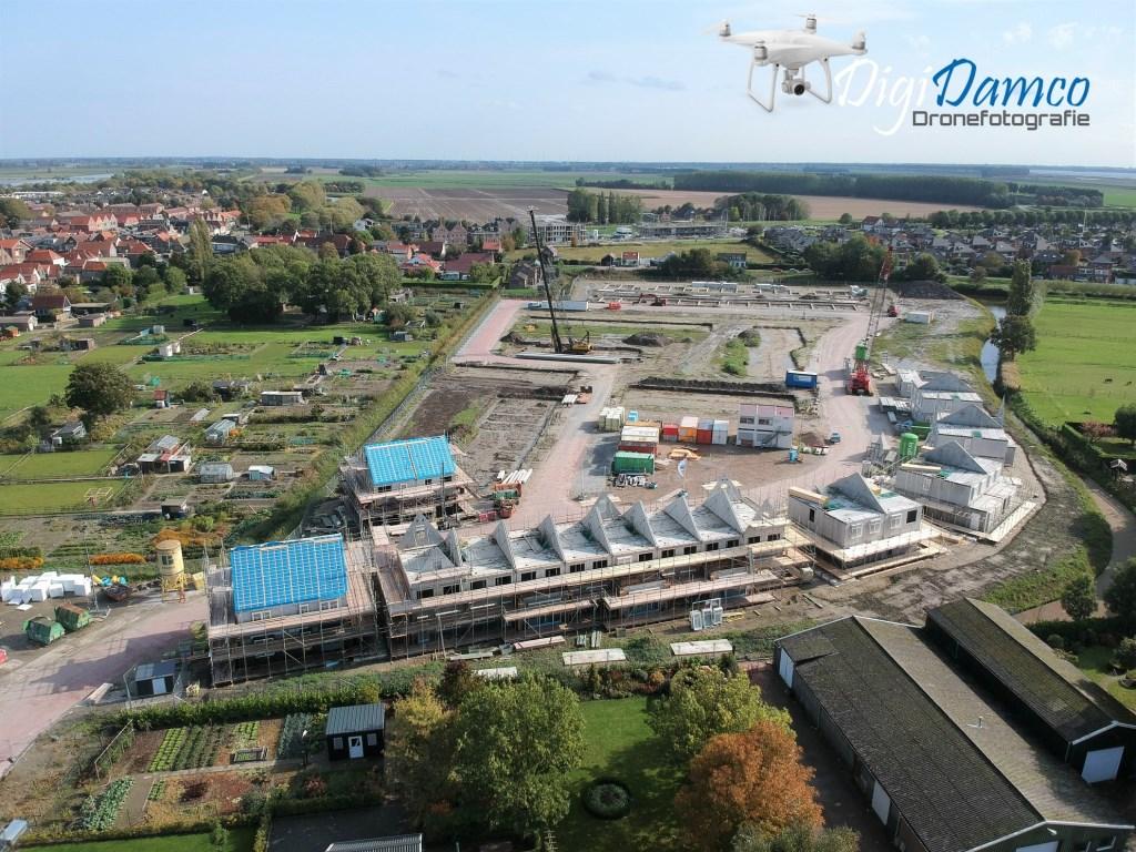 Luchtopname van de nieuwe wijk in Oude-Tonge. Foto: Wilko van Dam  ©