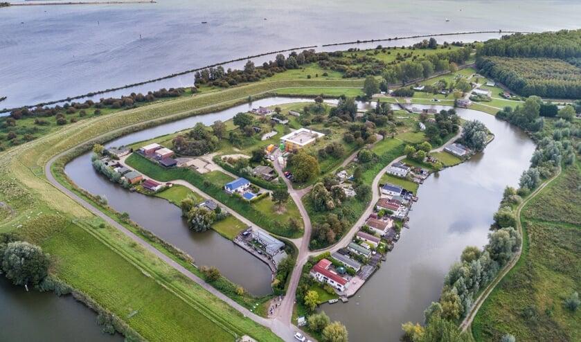 Het Volkerak ter hoogte van het Fort van Ooltgensplaat. Foto: Wim van Vossen