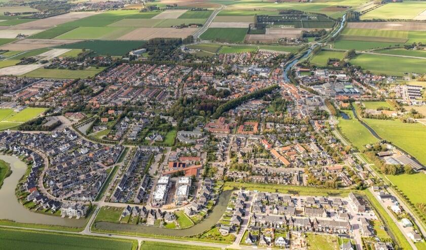 <p>Dirksland vanuit de lucht (Foto: Topview Luchtfotografie).</p>