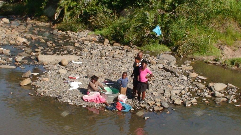 De was doen bij de rivier. (Foto: aangeleverd) © rodi