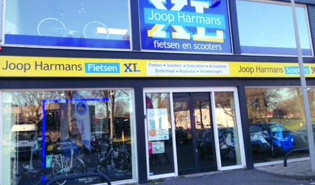 750 vierkante meter fiets- en scooterplezier bij Joop Harmans XL.