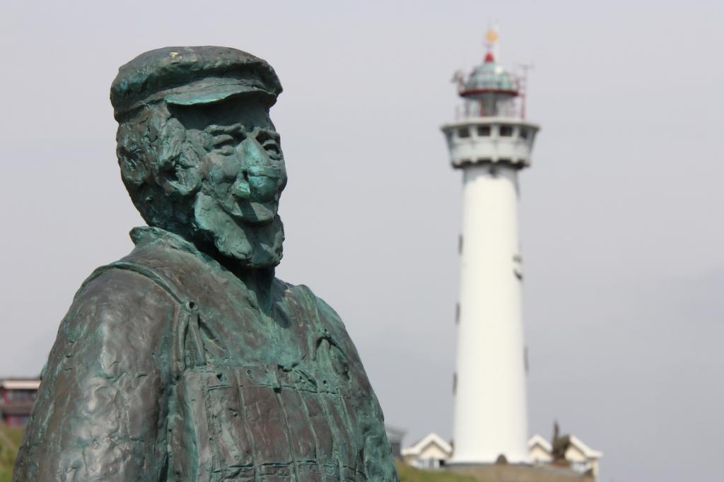 Van alle Egmonders die ooit deel uitmaakten van de reddingbootbemanning, werd Jacob Glas, alias Jaepie-Jaepie (1832-1910), met afstand de bekendste