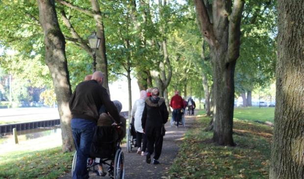 <p>Een (rollende) wandeling door Monnickendam kan tijdens burendag.&nbsp;</p>