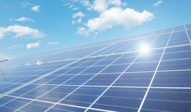 Juist nu moeten we investeren in zonnepanelen, aldus Michel van Bruijn Installatiebedrijf.