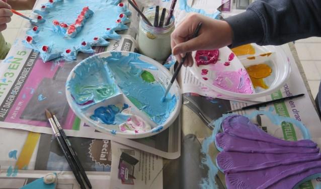 Wie weet ontdekken kinderen wel een leuke nieuwe creatieve hobby.