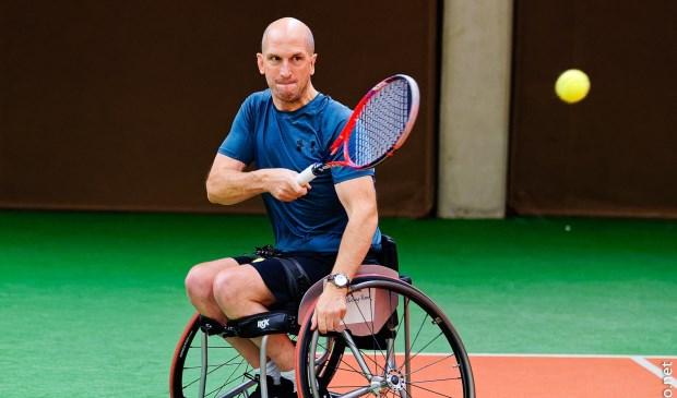 De Purmerendse rolstoeltennisser ligt goed op schema.