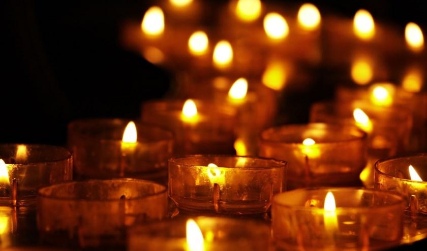 Met Allerzielen herdenken we hen die ons ontvallen zijn.