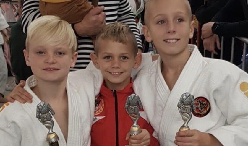 De jeugdige judoka's van Toradoshi in de prijzen.