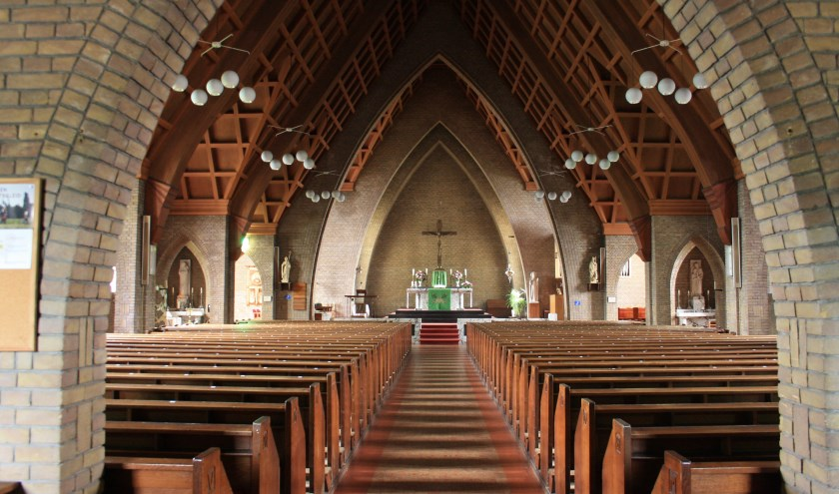 Sint Martinuskerk in Zwaag.