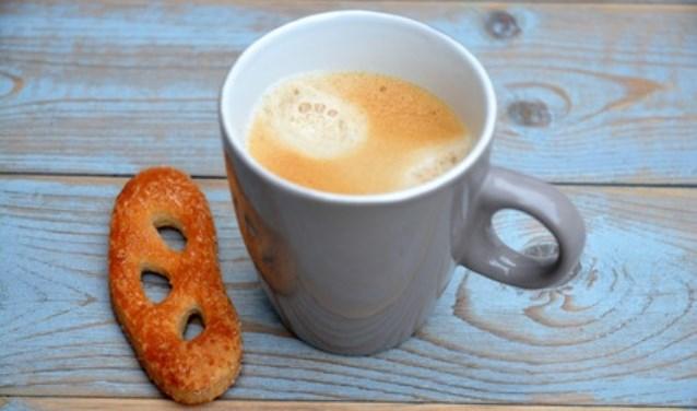 Koffie en een koekje horen ook bij de koffieochtend.