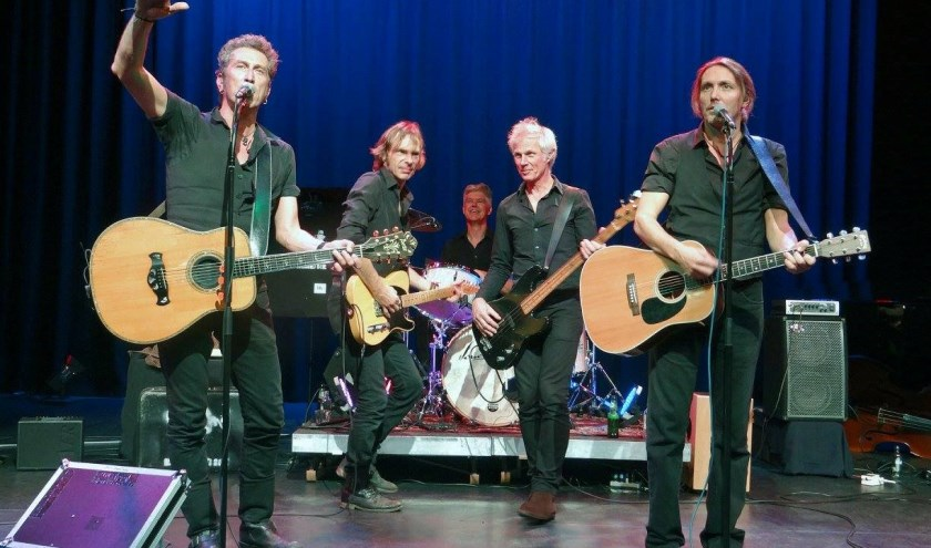 De Johnny Cash tributeband 'Boys named Sue'.