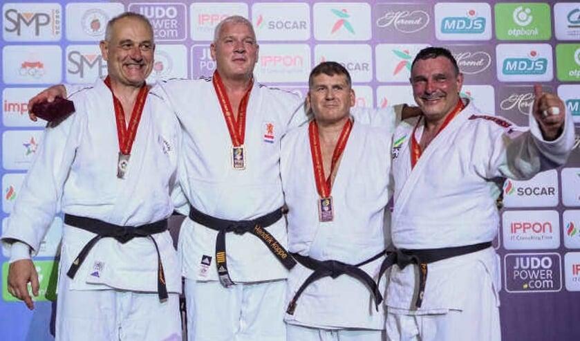 Opnieuw succes voor Hendrik Koppe (tweede van links).