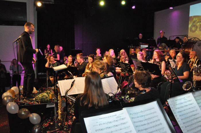 Orkest tijdens openingsconcert Jubileumjaar