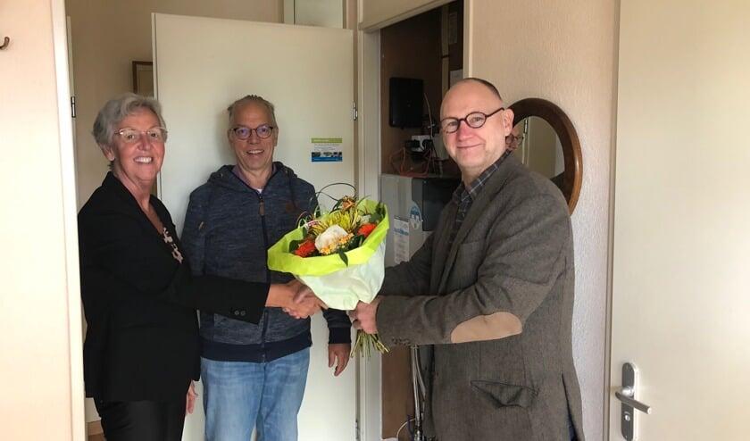 Familie De Groot wordt gefeliciteerd met de gloednieuwe glasvezelaansluiting.