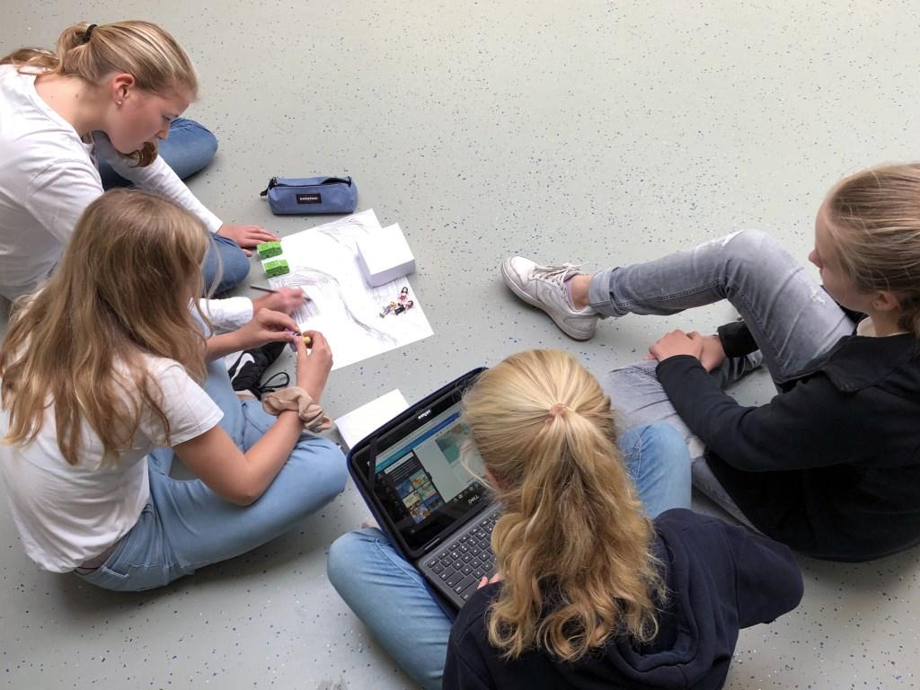 PCCBergen v.l.n.r. Fleur (12 jaar, Schoorl), Roos, 12 jaar, Schoorl), Elise (11 jaar, Bergen), Liselot (12 jaar, Schoorl)   © rodi