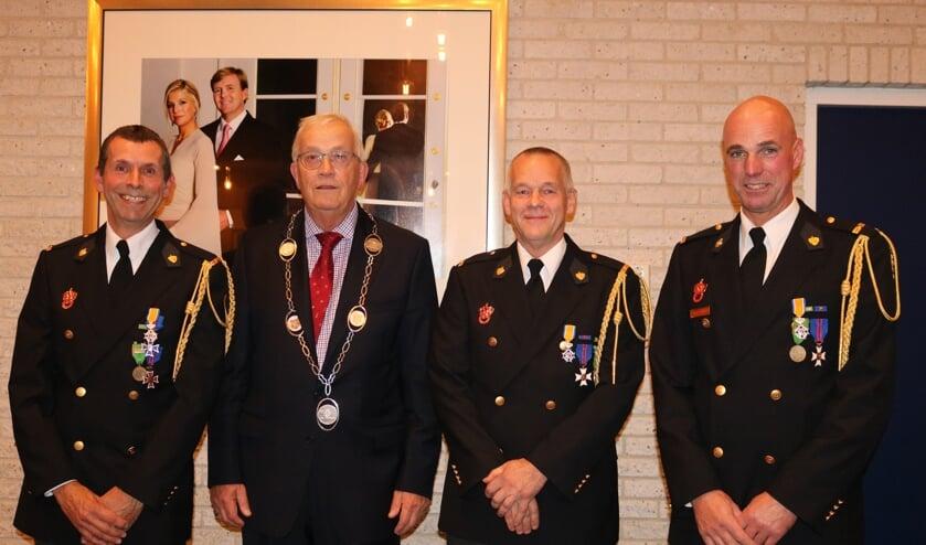 V.l.n.r: Gerard Pronk, burgemeester Nijpels, Gerard Smook en Richard Langedijk.