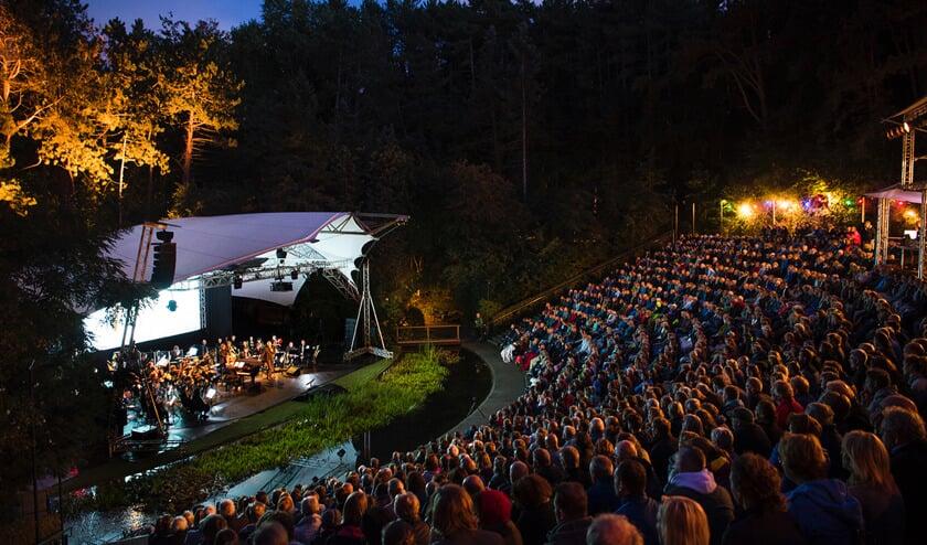 WAD live, met het Noordpool Orkest op 14 september in Caprera.