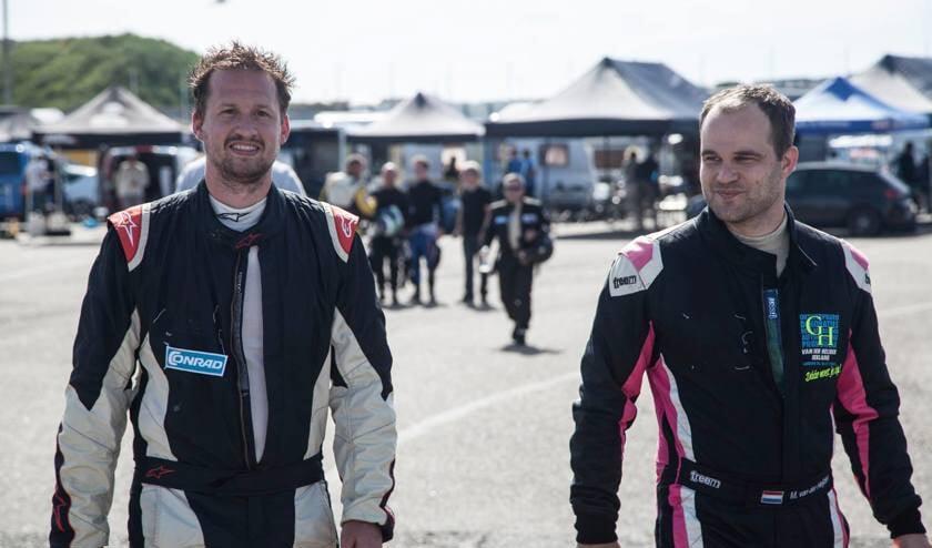 Beverwijker Niels Quist en IJmuidenaar Michael van der Heijden winnaars van de Mazda MX5 Cup.