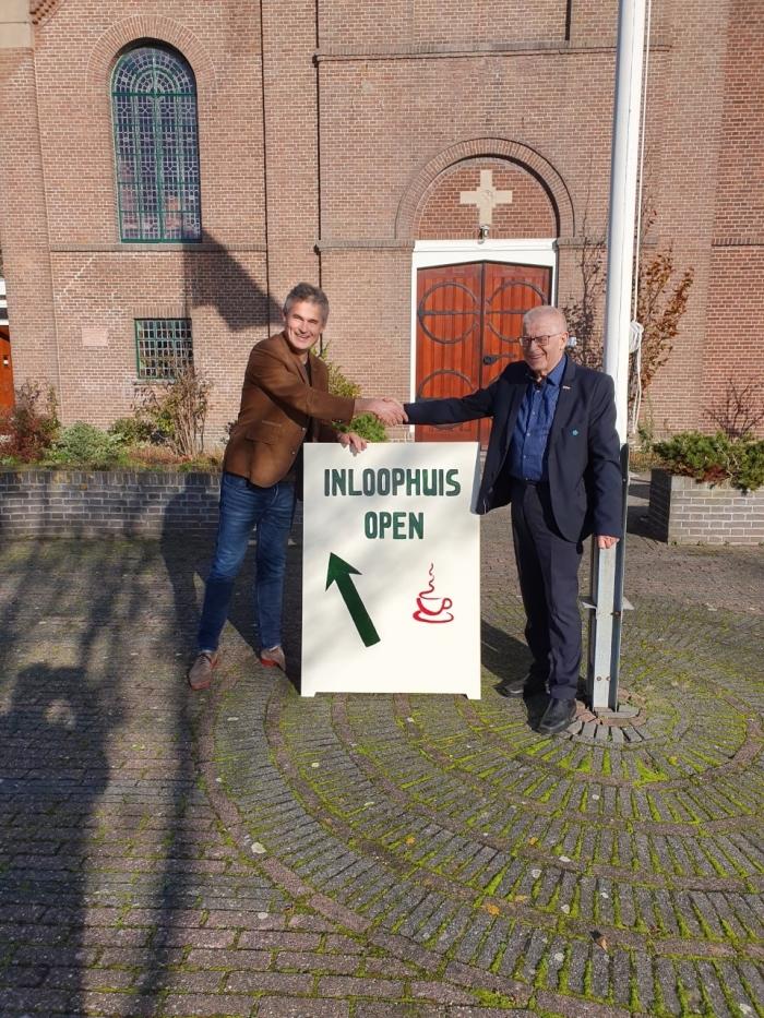 Wethouder Zigge van der Veek en Arie Derksen