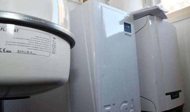 Voorbeeld van een combi-installatie: warmtepomp en cv-ketel die pas bijspringt als het huis te koud gaat worden.  Foto: Dirk Karten © rodi