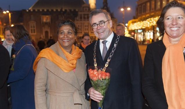 Burgemeester Jos Wienen is blij met Zonta Orange.