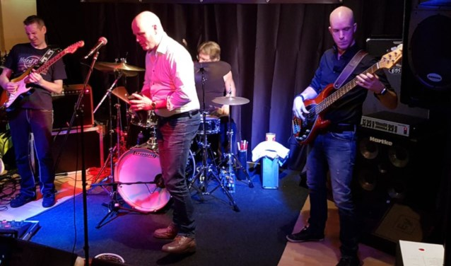 Brand new Men Band.