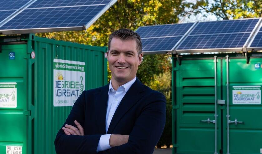 Ruud Kraakman bij het vlaggenschip van Maru Systems: De Groene Aggregaat.