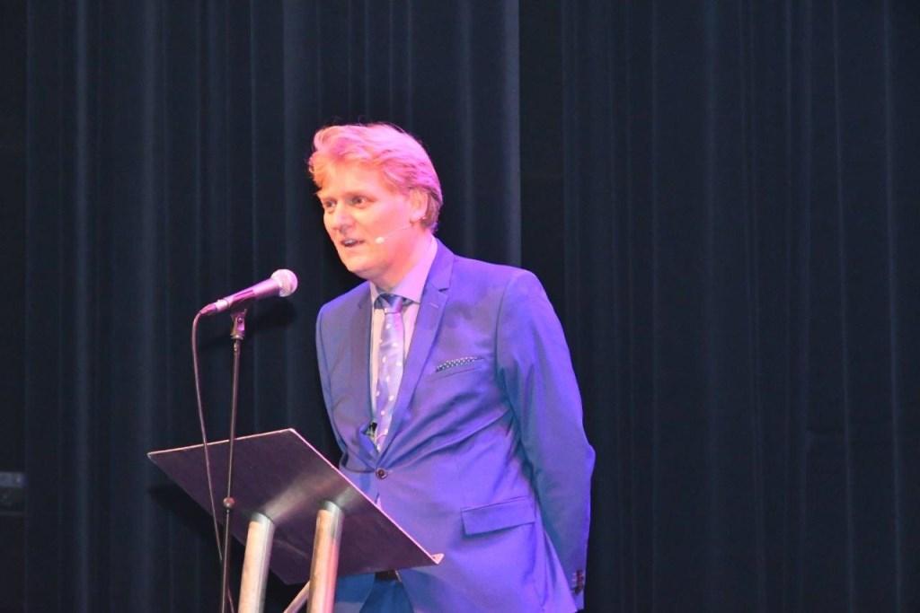 Burgemeester Hamming hield een sterk betoog.  © rodi