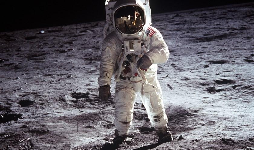 Welke geluiden hoor je in de ruimte?