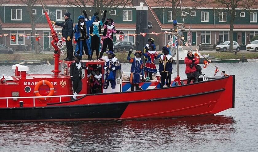 Sinterklaas en zijn gevolg komt op 23 november om 12.00 uur aan op het Vissershop.