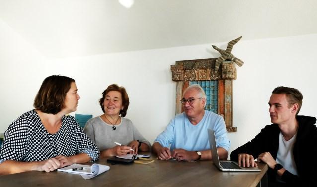 Tanja van den Berg, Vera Tielrooij, Herman Sier en Mike Wagenaar zijn al druk bezig met de voorbereidingen voor GivingTuesday.