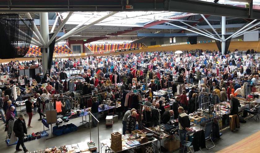 Rommelmarkt in Sportpaleis.