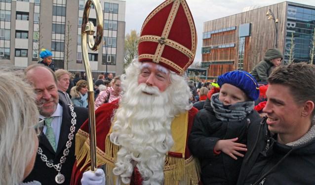 Sinterklaas knoopte graag een praatje aan met de mensen.