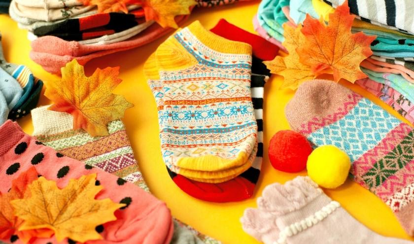 Kinderen hebben regelmatig nieuwe sokken nodig. Doneer ze aan de kinderkledingbank.