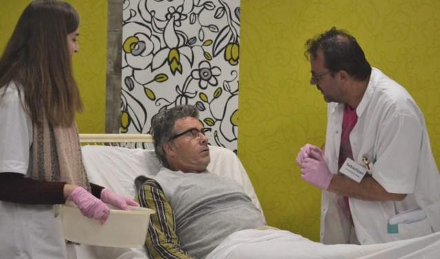 Diagnose: niet meer te redden! is een komisch stuk.