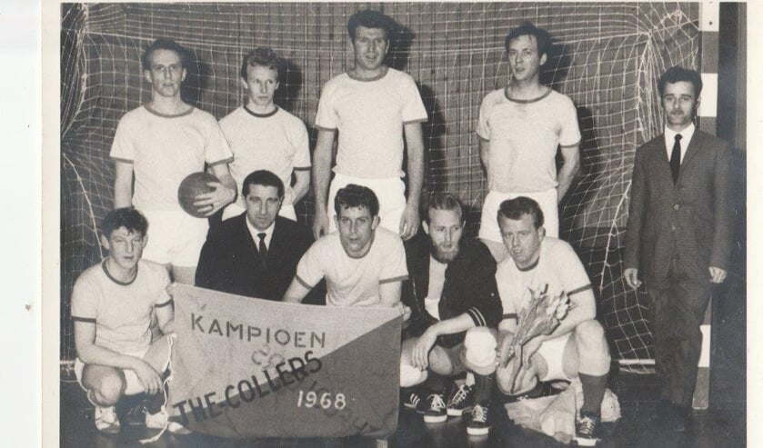 Kampioensteam The Collers uit 1968. Staand: B. de Rijke, C. Wever, L. de Wit, T.v.d. Aalst, E. VeldkampGehurkt: F. Zoon, H.v.d. Vliet, R. Wiering, B. Claassen. N. Wiering.