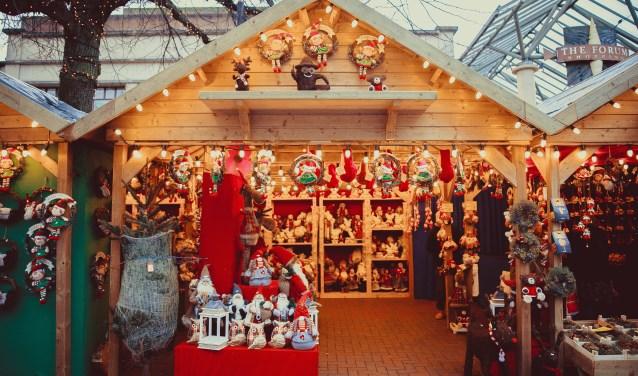 Verkoop vanonder meer zelfgemaakte kerstkaarten