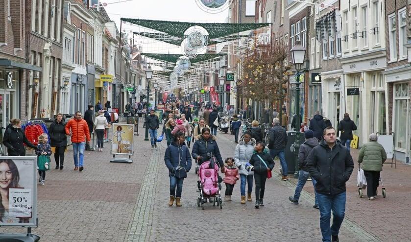 Ook de winkels in de Hoornse binnenstad doen volop mee aan Black Friday.