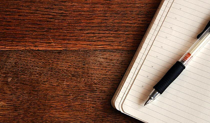 Dicht of schrijf je eigen verhaal en draag het voor.