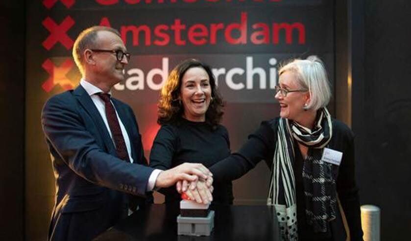 Burgemeester Halsema tijdens de opening van het stadsarchief Amsterdam Noord.
