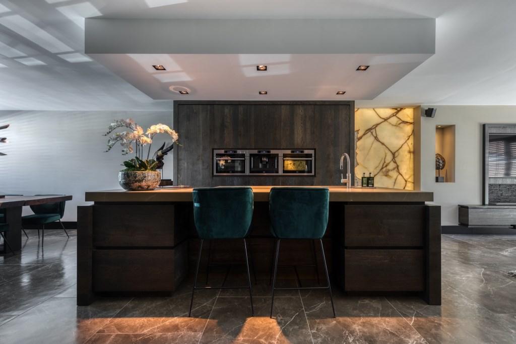 De keuken bij Gino Babel thuis wordt vaak gebruikt als showroom  © rodi
