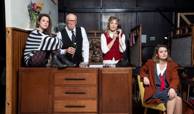 Zaanse Toneelgroep Jan Vos in samenwerking met het Noord Nederlands Toneel in het Zaantheater.