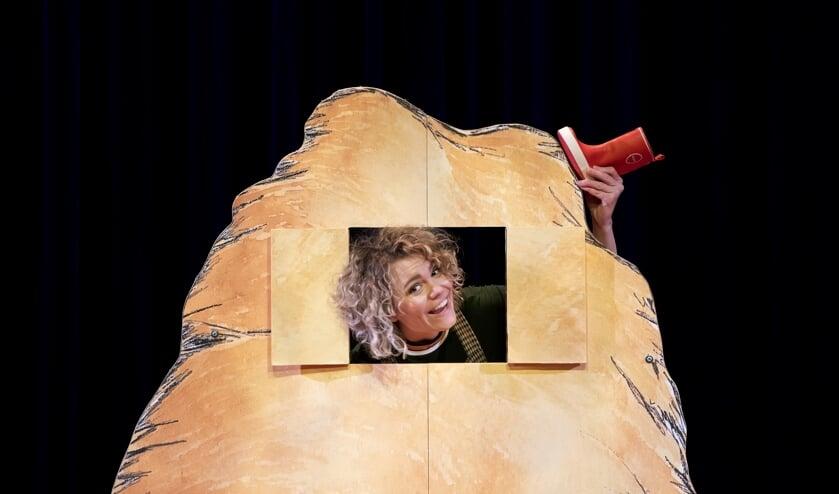 Kira Kool speelt Gonnie en Gijsje treden op in de buiksloterkerk.