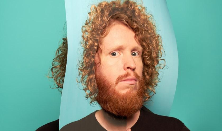 Kasper is door de Volkskrant uitgeroepen tot comedytalent van 2019.