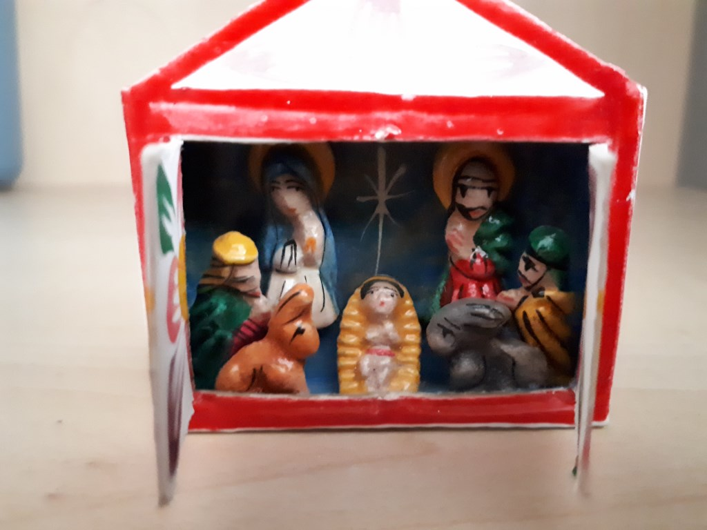 Heilige familie in een luciferdoosje van Aty van Noort.  © rodi