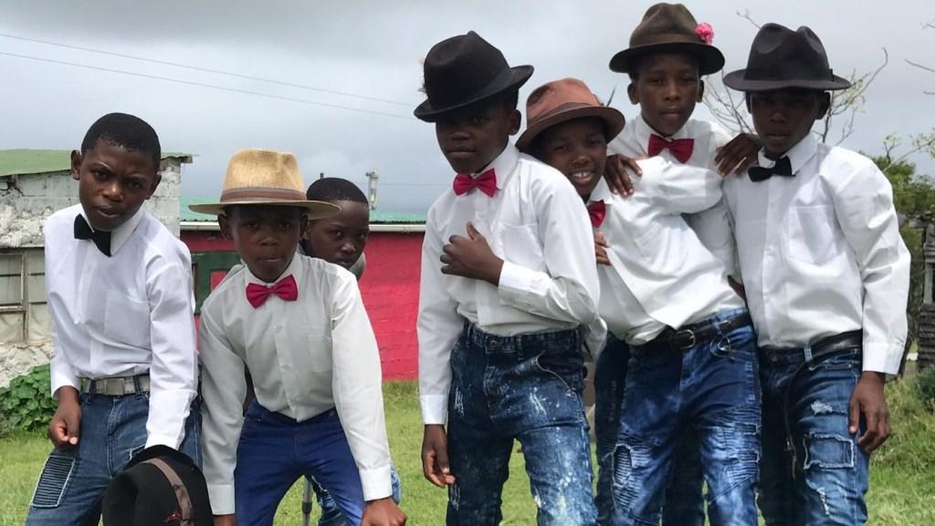 Afrikaanse tieners voerden een act op. (Foto: aangeleverd) © rodi