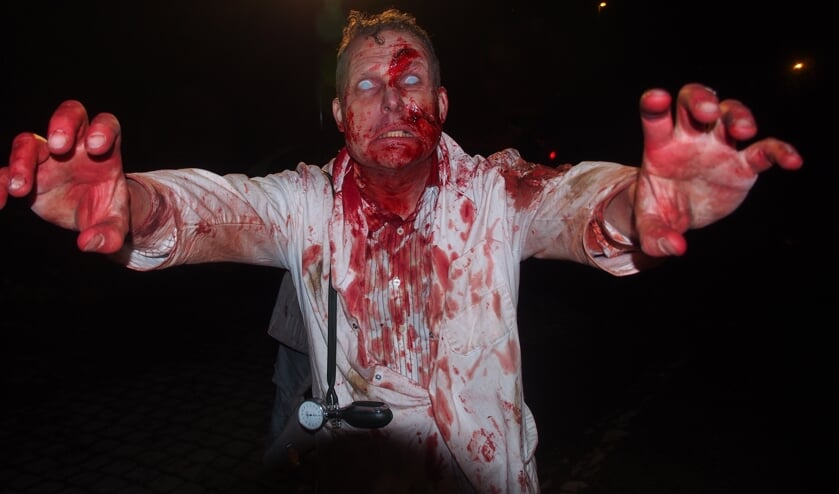Bart Agterberg als zombie in Yummy.
