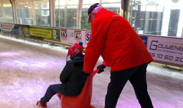 Met een maatje schaatsen op de ijsbaan Schagen.