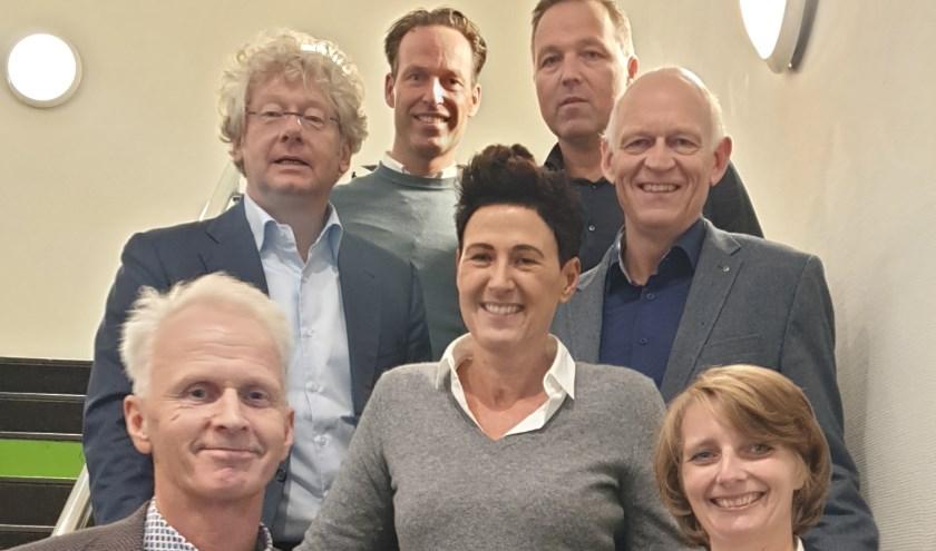 BKL bestuur van links naar rechts: voorzitter Cornelis de Geus, Frans Kramer, Michiel van Overbeek, Desirée Blom, Piet de Geus, Cees de Waard, Marina Molenaar.